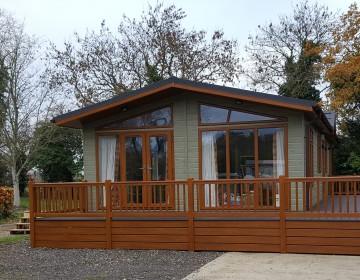 Large Luxury Detached Lodge LP1