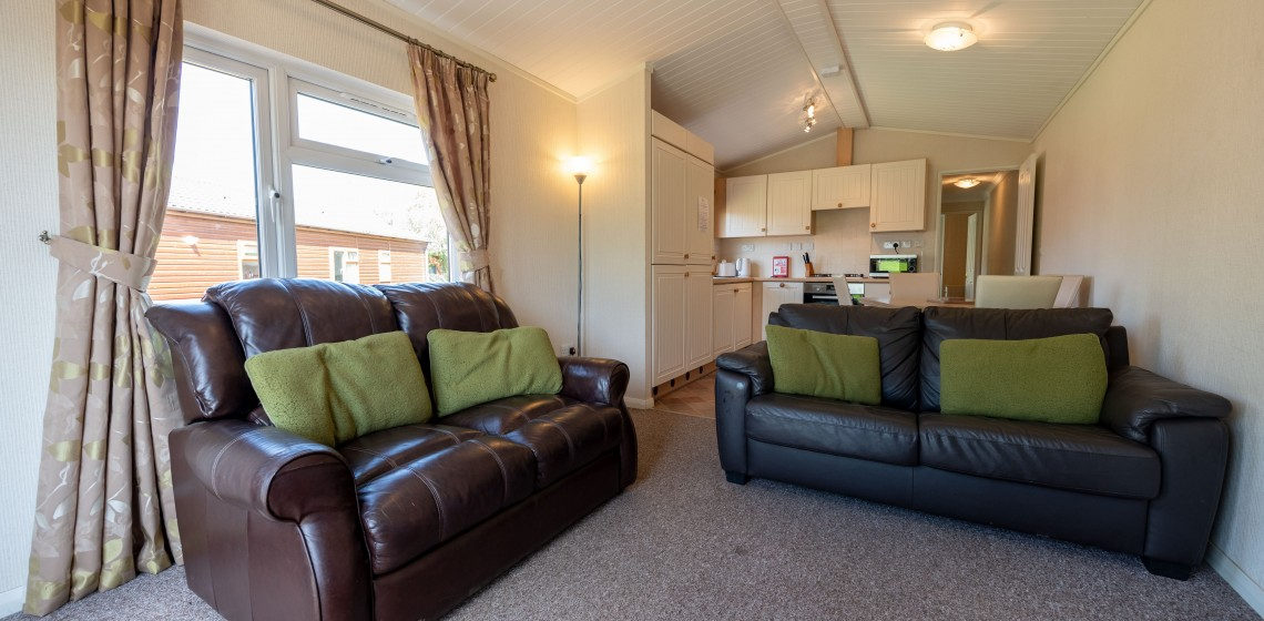 070 YAXHAM WATERS LODGES 2018