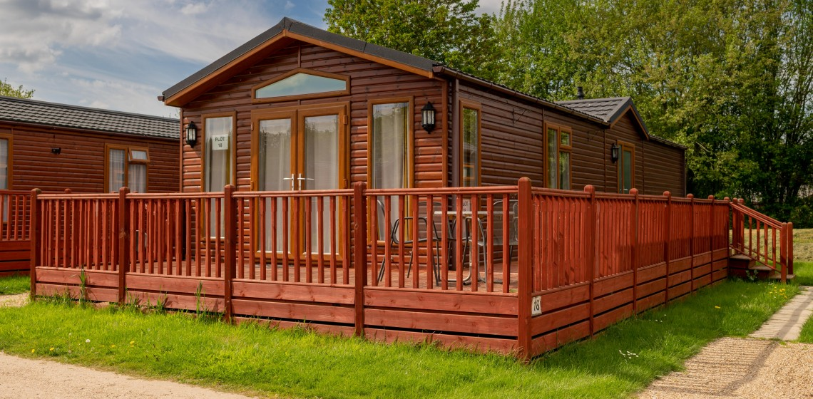 244 YAXHAM WATERS LODGES 2018