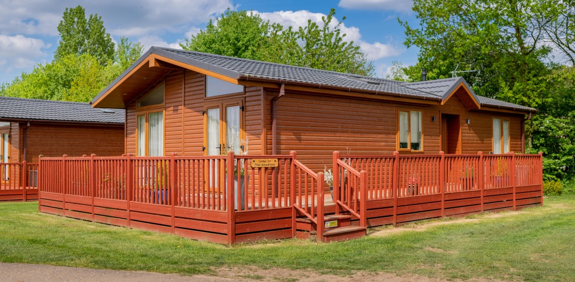238 YAXHAM WATERS LODGES 2018