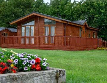 Large Luxury Detached Lodge 12