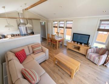 Large Detached Lodge 17